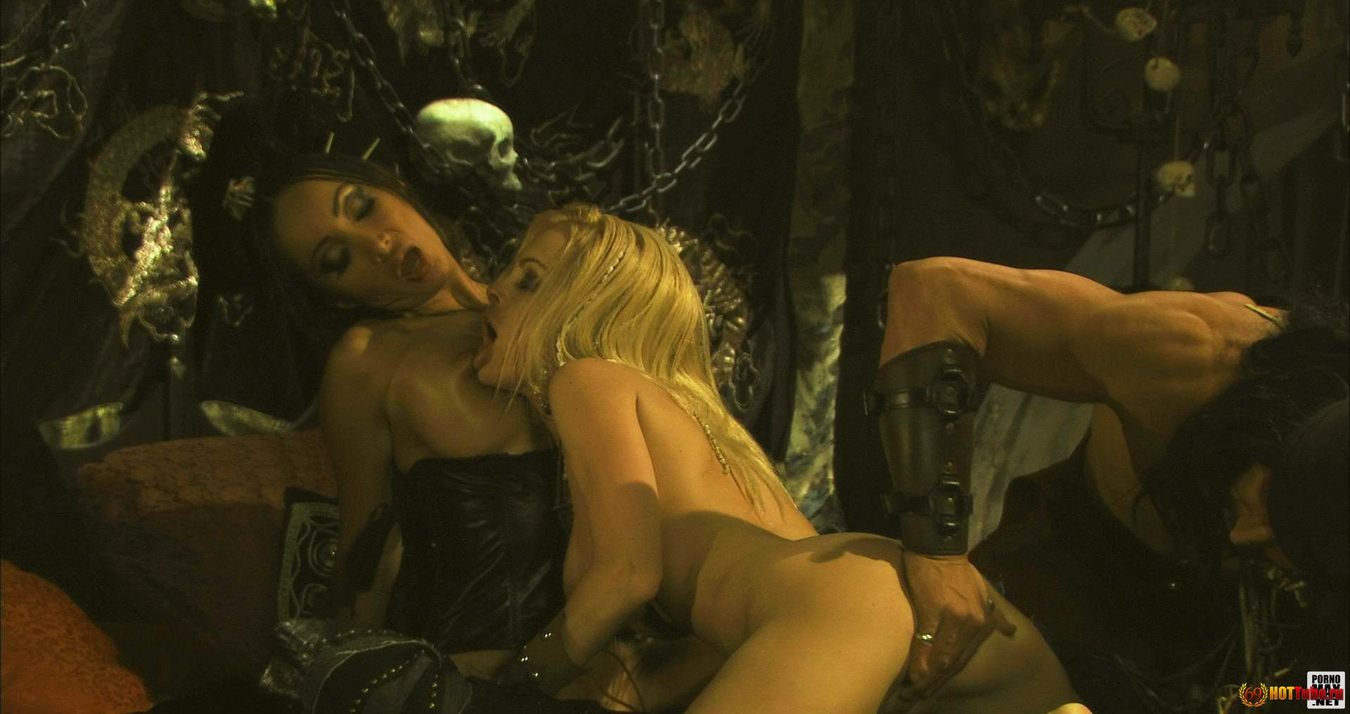 Pic sex picture of the movie pirates2  sexy pics